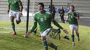 O gigante Kyle Lafferty