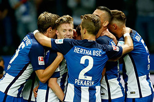 Hertha segue invicto, mantendo-se no encalço do Bayern de Munique.