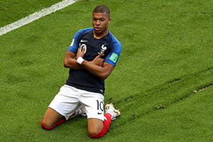 Mbappé foi fundamental na reviravolta francesa.